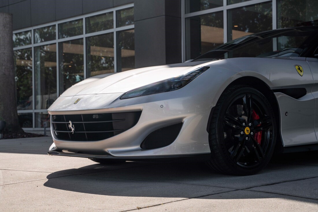 2019 Ferrari  Portofino image _61613e11bd81a7.62232316.jpg