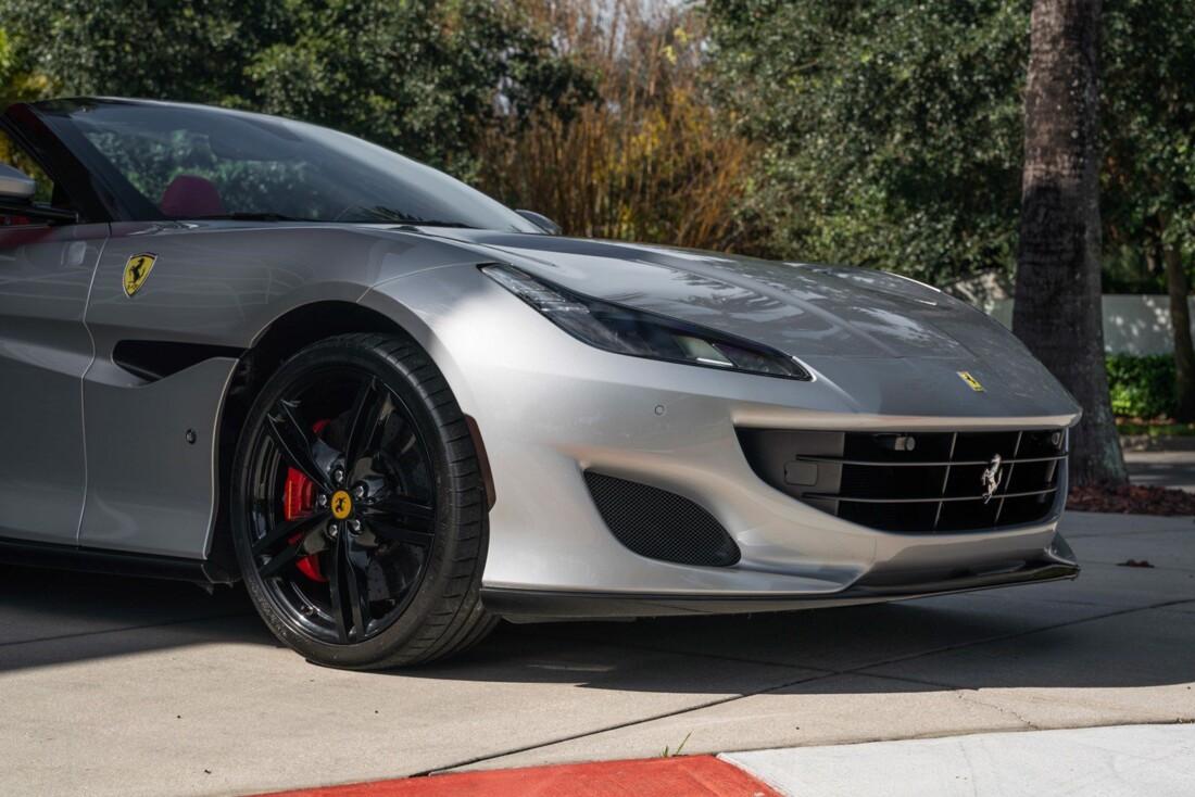 2019 Ferrari  Portofino image _61613e129536f0.55515190.jpg