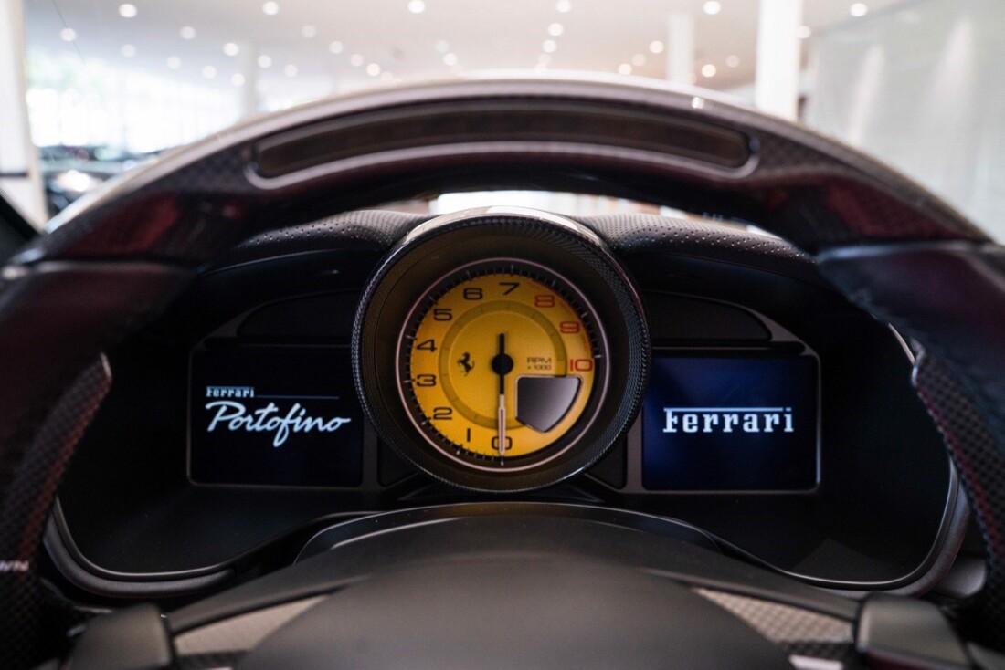 2019 Ferrari  Portofino image _61613e18390652.09502803.jpg