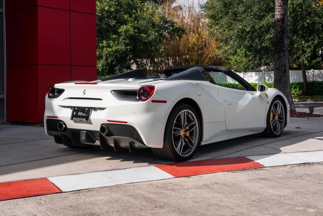 2018 Ferrari 488 Spider image _61613e2fb616f6.13769448.jpg