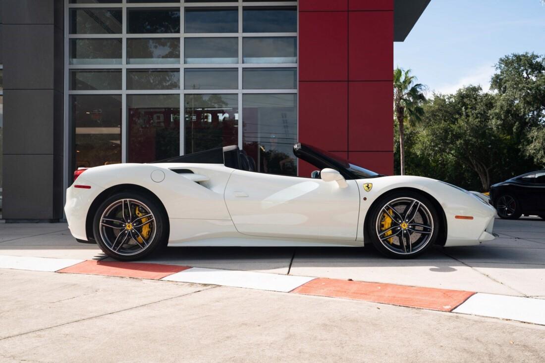 2018 Ferrari 488 Spider image _61613e308ebb44.27326912.jpg