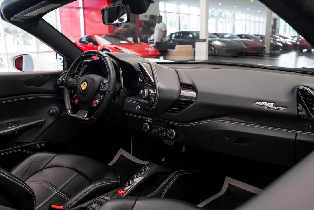 2018 Ferrari 488 Spider image _61613e34562ef5.49148681.jpg