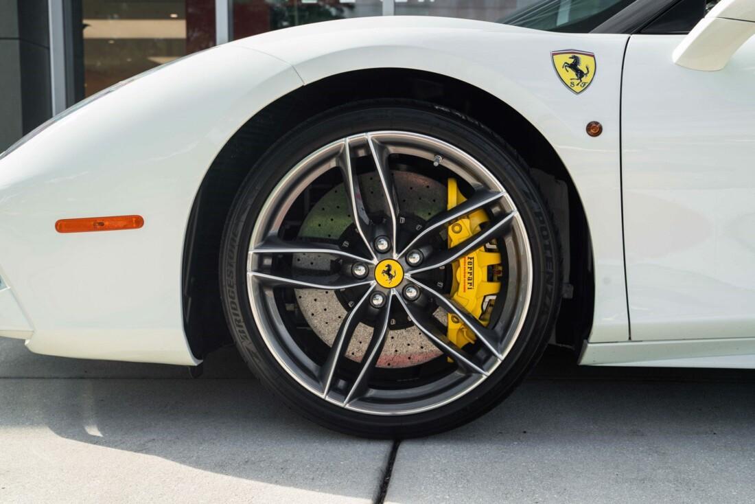2018 Ferrari 488 Spider image _61613e351589f6.18441172.jpg