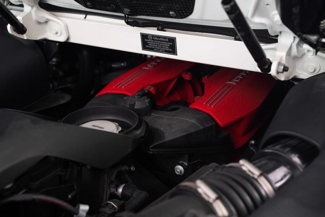 2018 Ferrari 488 Spider image _61613e43ecc4b5.52666394.jpg