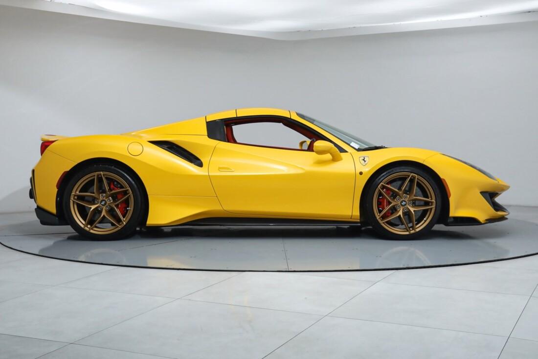 2020 Ferrari 488 Pista Spider image _61613e534746d9.93528169.jpg