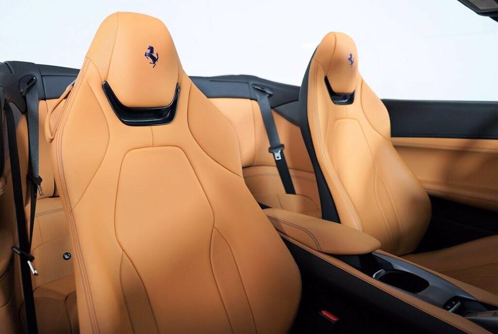 2020 Ferrari  Portofino image _61613fb95e1f22.37733282.jpg