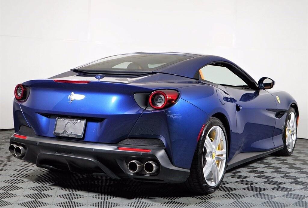 2020 Ferrari  Portofino image _61613fbc9eefa3.19964962.jpg