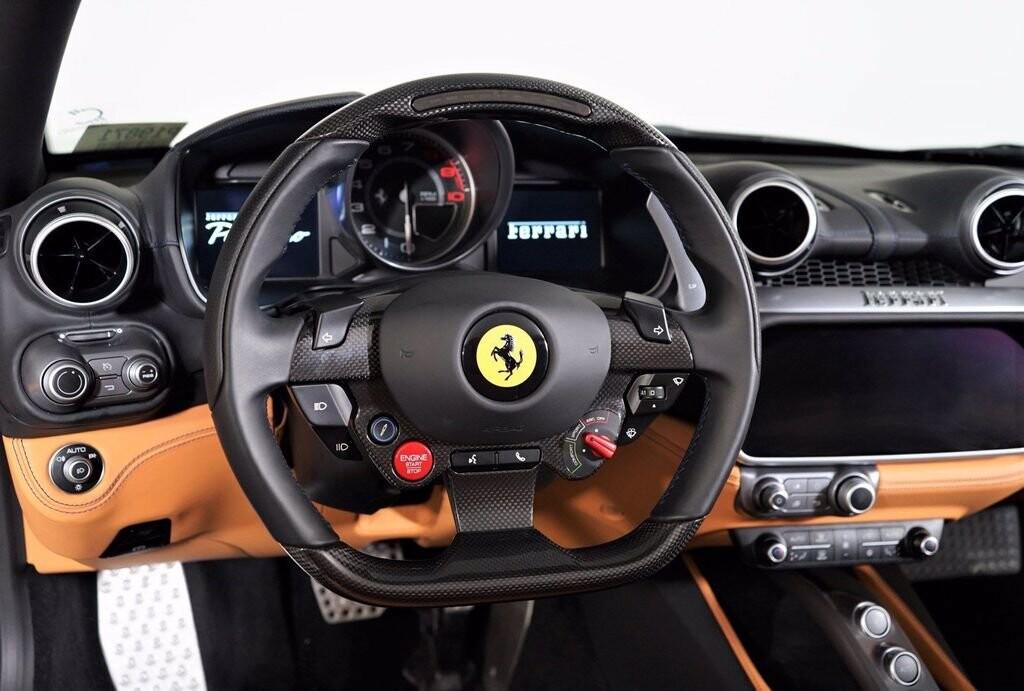 2020 Ferrari  Portofino image _61613fbf38d4d9.01961698.jpg
