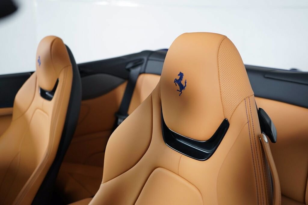 2020 Ferrari  Portofino image _61613fc3212ca8.27778643.jpg