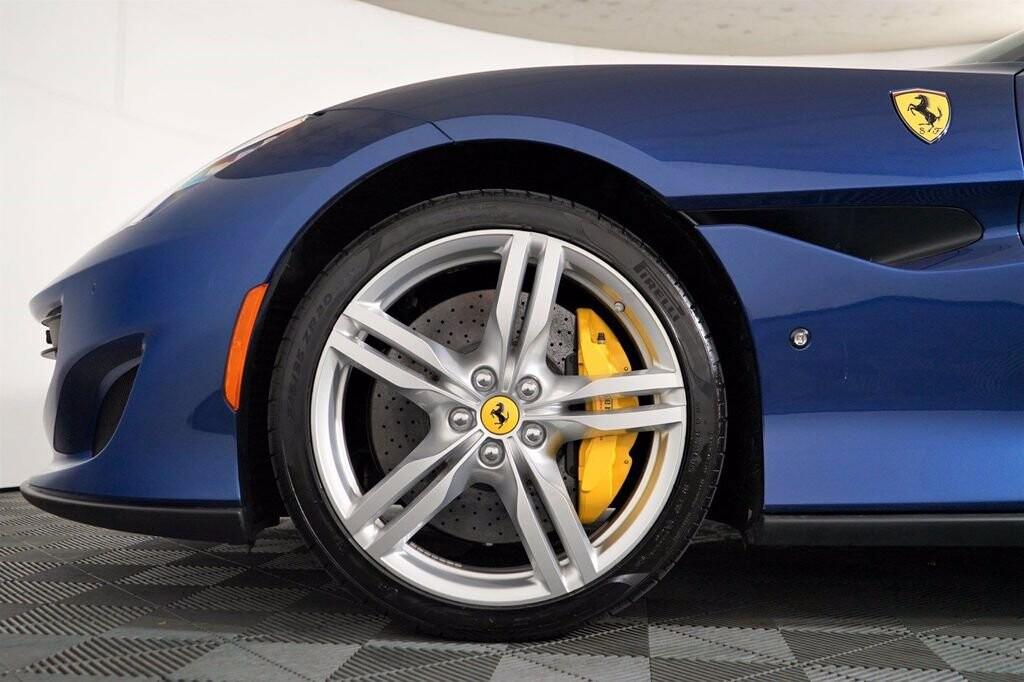 2020 Ferrari  Portofino image _61613fc809c477.13002340.jpg
