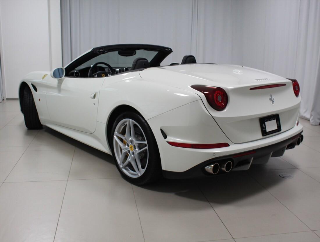 2017 Ferrari  California T image _61628f76ca7b29.06889168.jpg