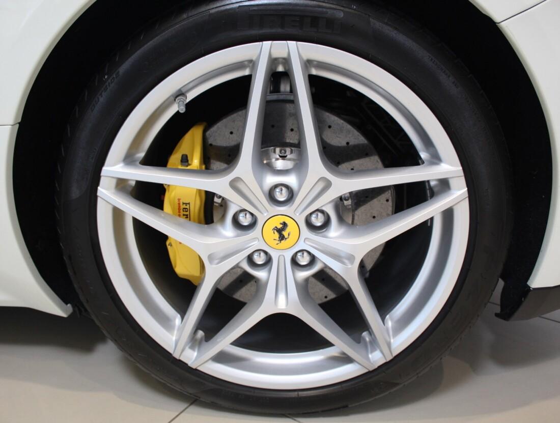 2017 Ferrari  California T image _61628f7ab14480.67723583.jpg