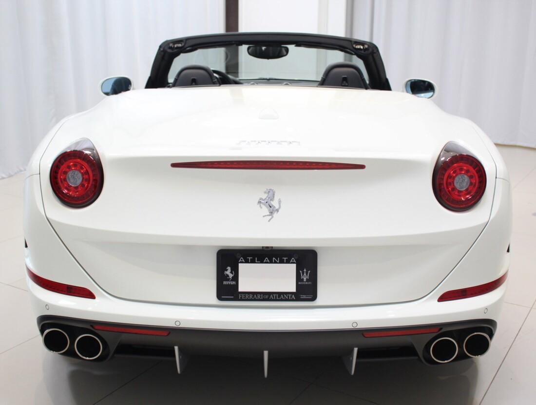 2017 Ferrari  California T image _61628f7c46b1b2.88345615.jpg