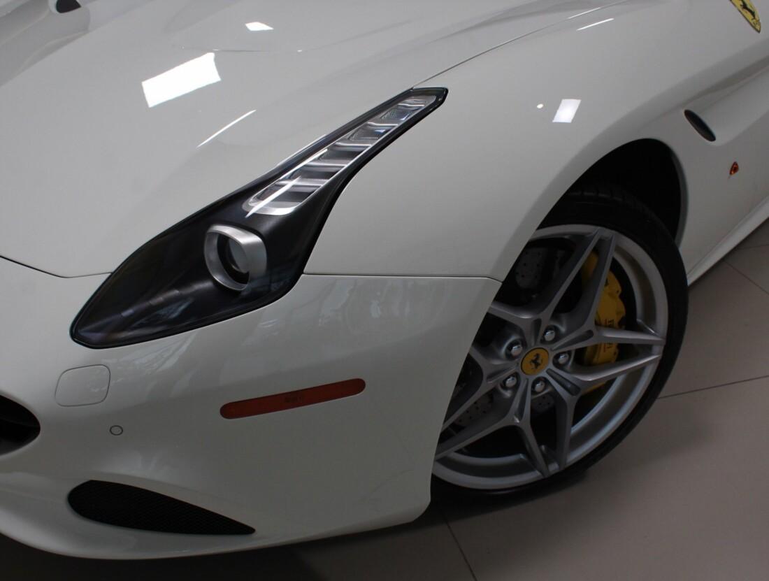 2017 Ferrari  California T image _61628f81a67d97.26049760.jpg