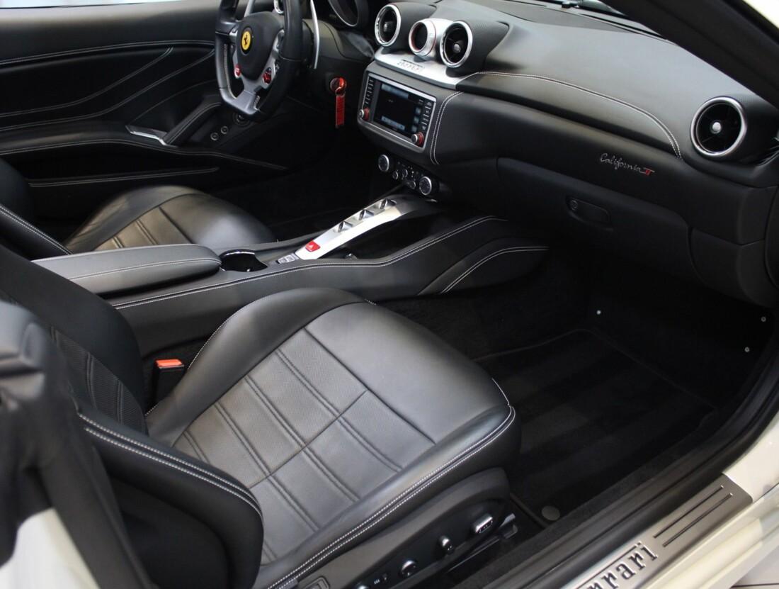 2017 Ferrari  California T image _61628f866a5300.23044487.jpg