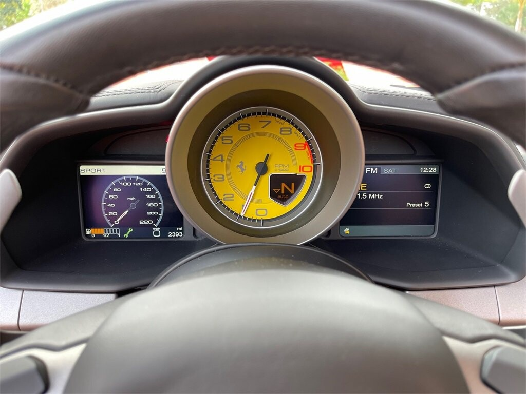 2013 Ferrari  458 Italia image _61628fb7be7f23.42979088.jpg