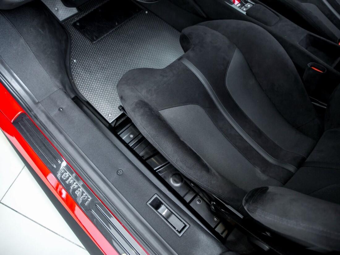 2020 Ferrari  488 Pista image _61629003c1a026.44010995.jpg