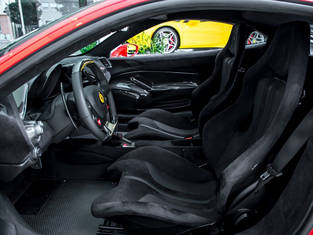2020 Ferrari  488 Pista image _6162900493ff09.23166256.jpg