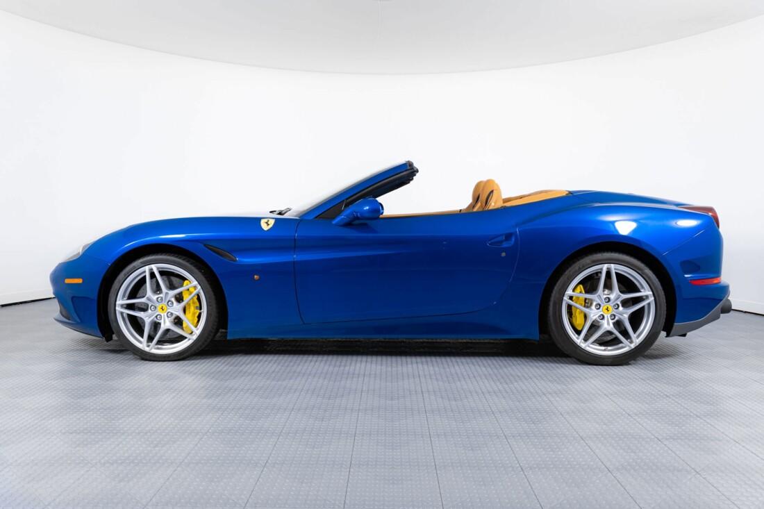 2017 Ferrari  California T image _6162901b3e9a85.01890654.jpg