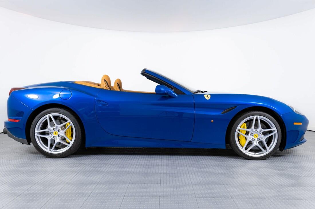 2017 Ferrari  California T image _6162901f5b1b16.17767369.jpg