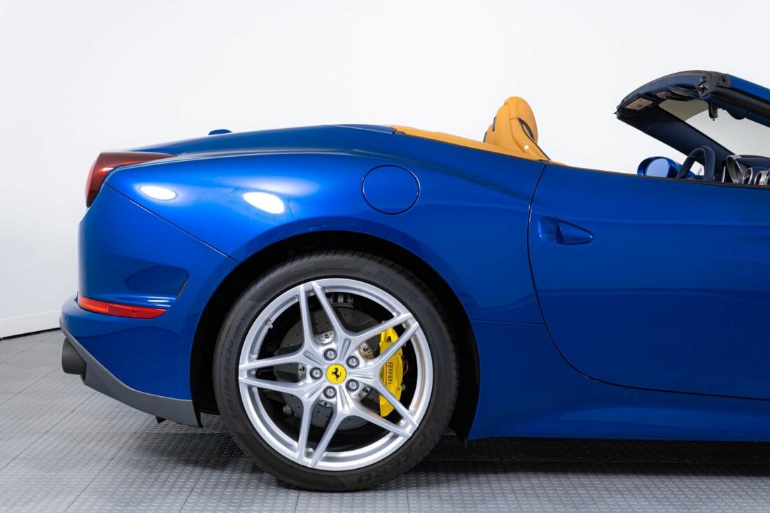 2017 Ferrari  California T image _61629020594844.35542870.jpg