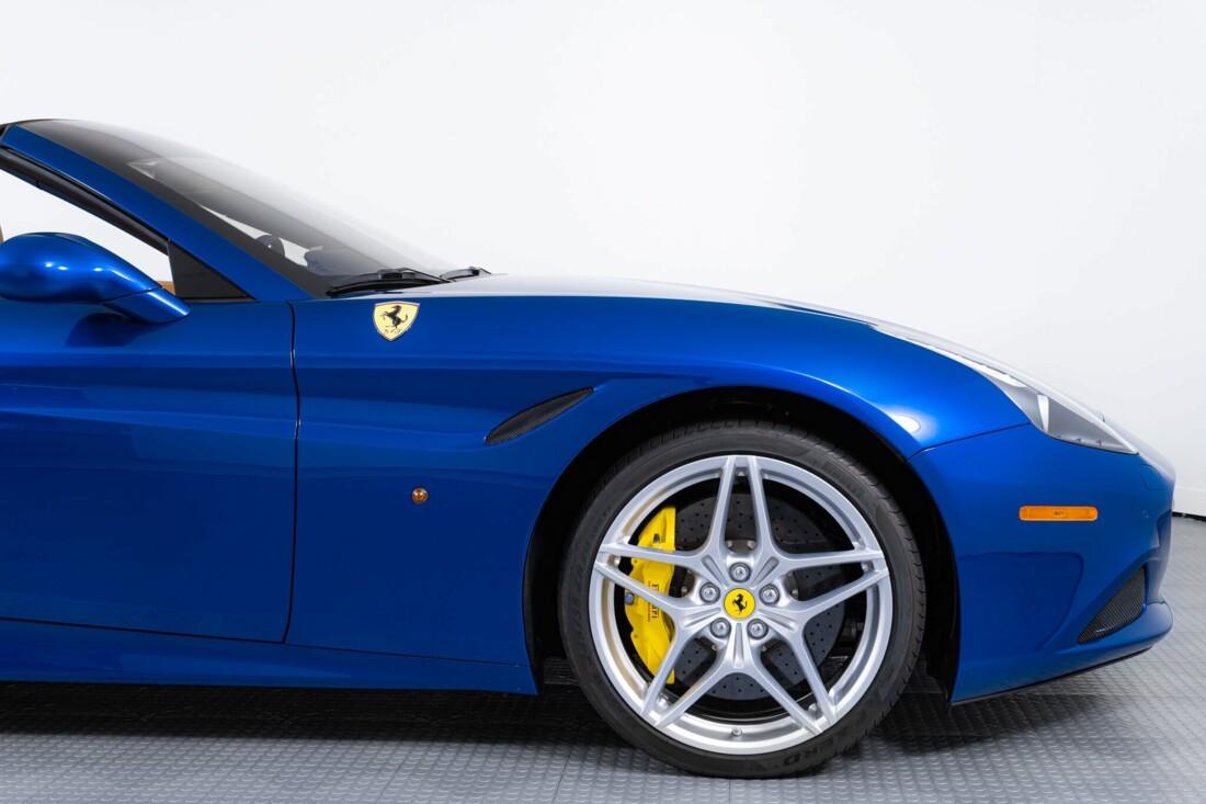 2017 Ferrari  California T image _616290213fbc93.31778644.jpg