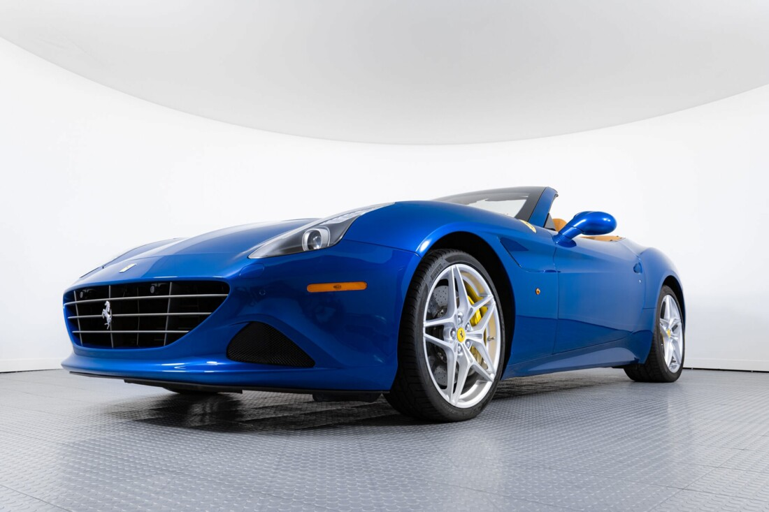 2017 Ferrari  California T image _61629024259171.05923438.jpg