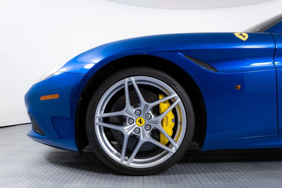 2017 Ferrari  California T image _61629025243980.16989666.jpg