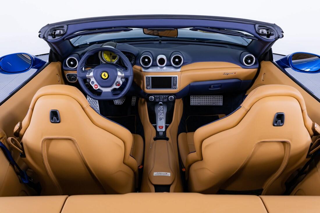 2017 Ferrari  California T image _6162902ad4d3f9.17629375.jpg