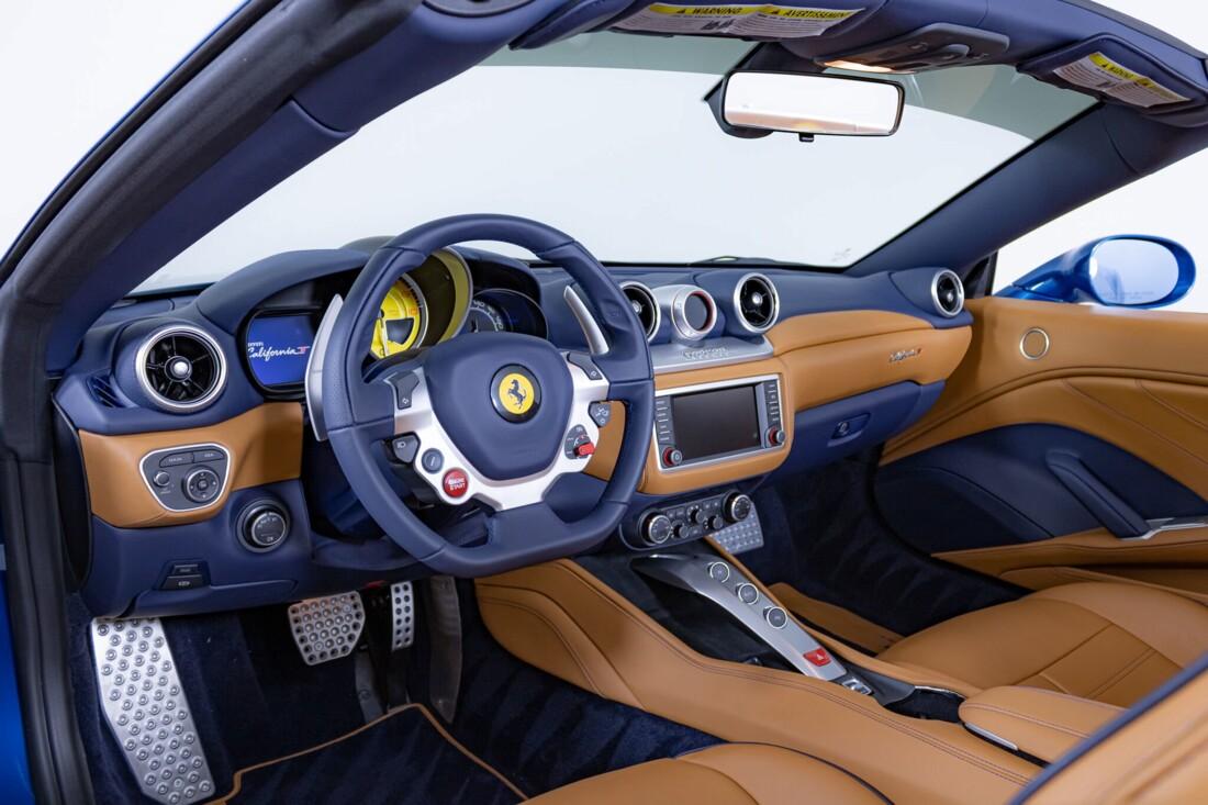 2017 Ferrari  California T image _6162903a89f7b6.47166193.jpg