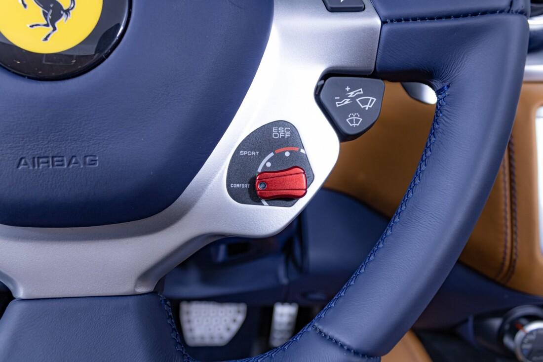 2017 Ferrari  California T image _616290408da237.09055929.jpg