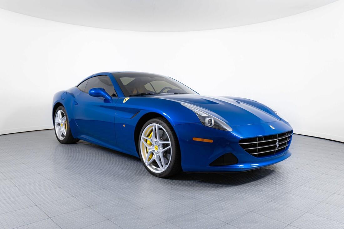 2017 Ferrari  California T image _6162905e2f9419.91823102.jpg