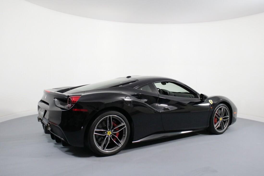 2019 Ferrari 488 GTB image _6163e0fec3cf35.34339686.jpg