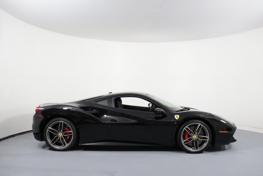 2019 Ferrari 488 GTB image _6163e10204b662.10314840.jpg