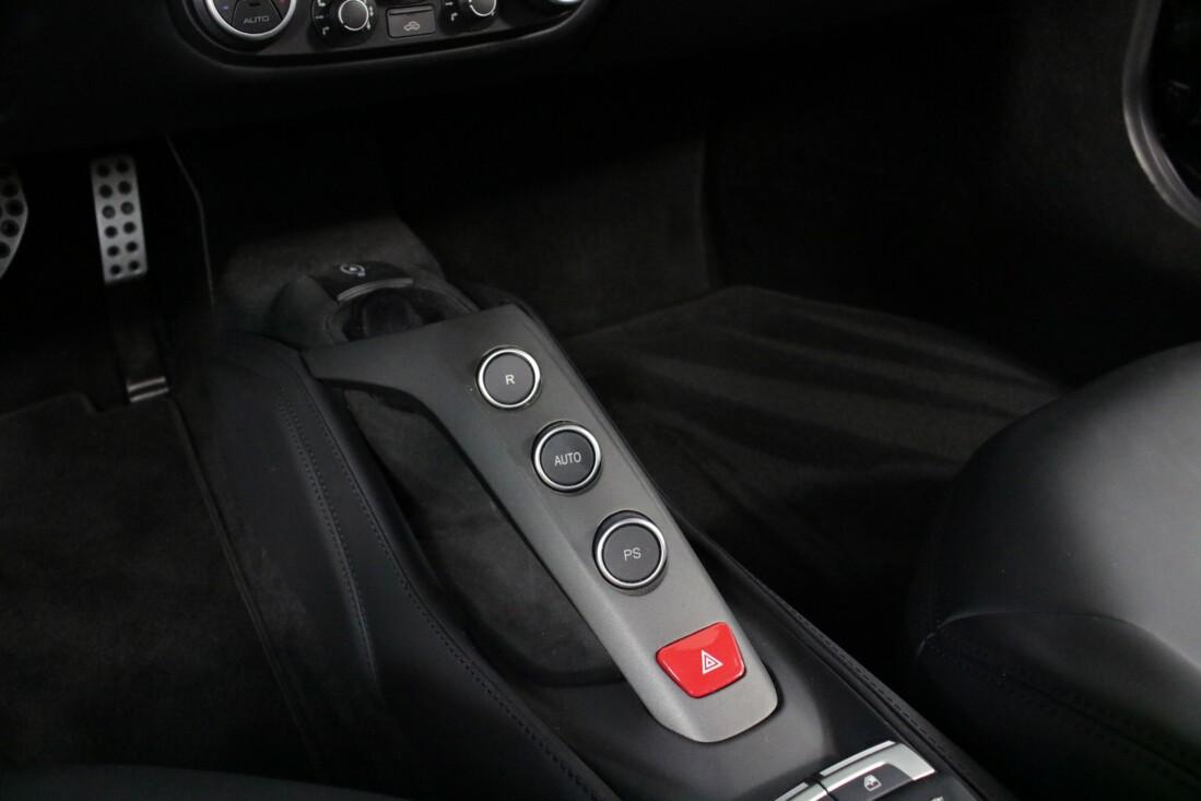 2019 Ferrari 488 GTB image _6163e10c05eda6.11047937.jpg