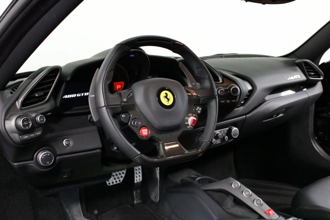 2019 Ferrari 488 GTB image _6163e1334d86c4.77632029.jpg