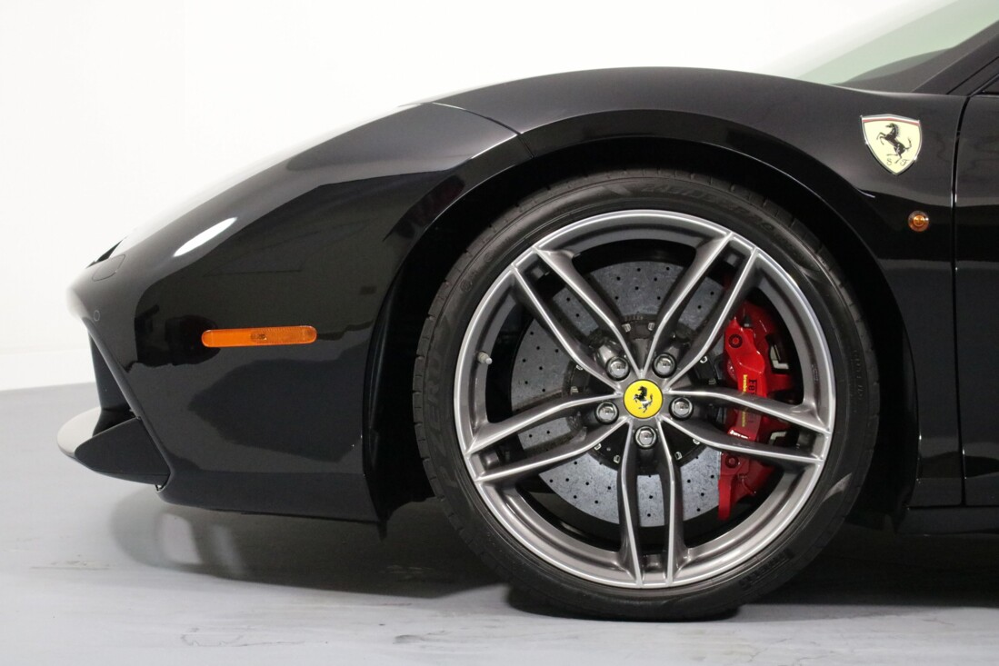 2019 Ferrari 488 GTB image _6163e1894030f1.62162360.jpg