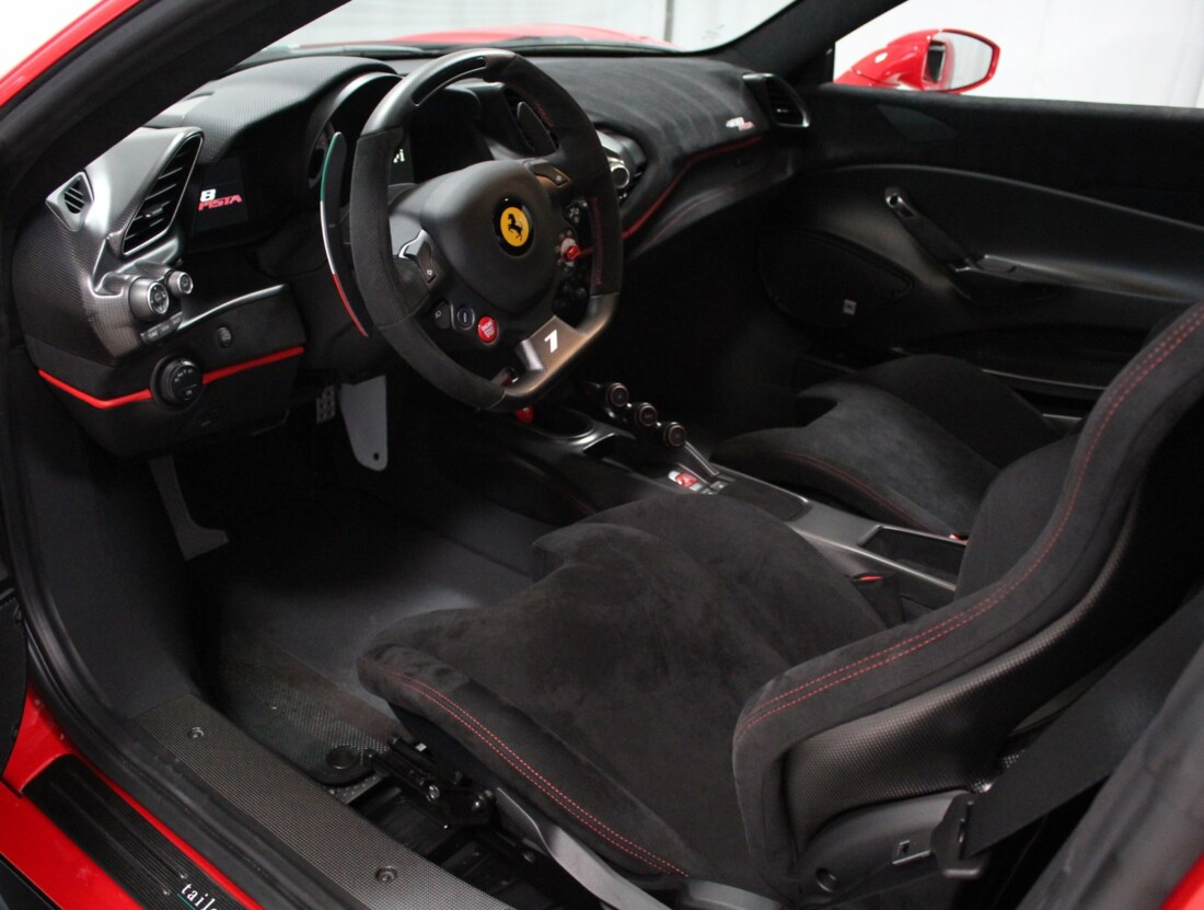 2020 Ferrari  488 Pista image _6167d58175bf56.30490384.jpg