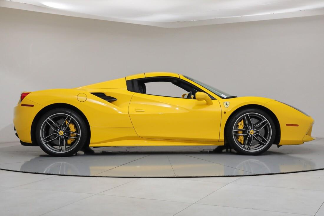 2017 Ferrari 488 Spider image _6167d5cd8ceb77.14433470.jpg