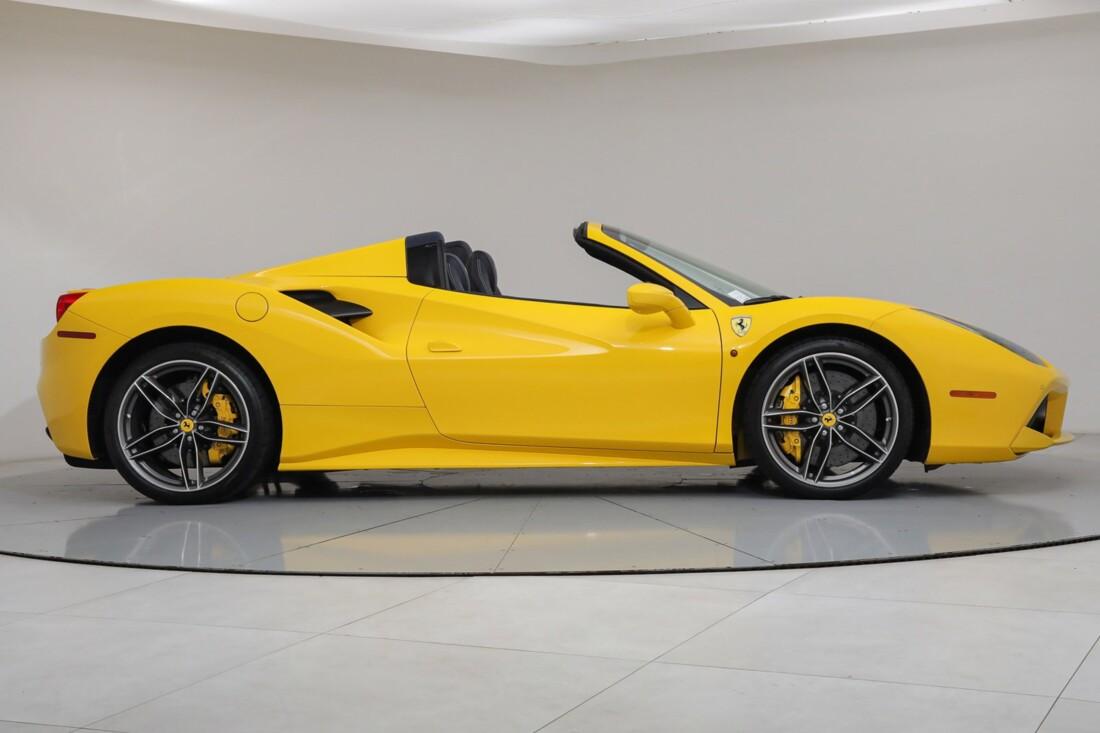 2017 Ferrari 488 Spider image _6167d5d36892f1.75278726.jpg