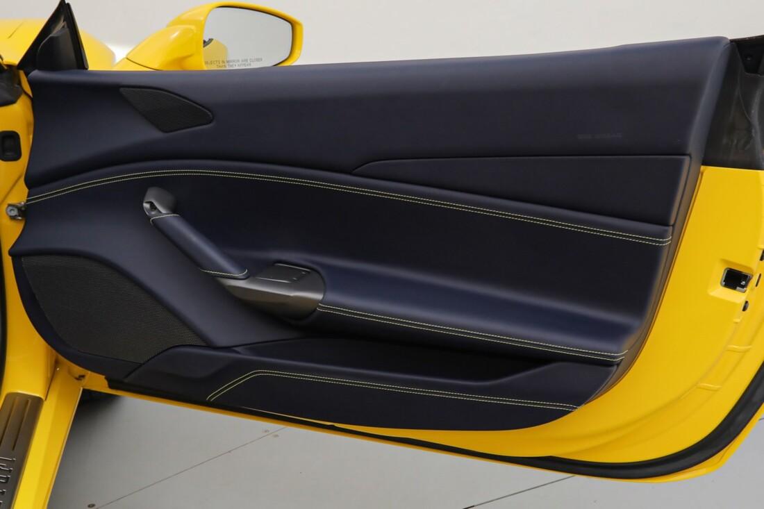 2017 Ferrari 488 Spider image _6167d5da372ba5.37884881.jpg