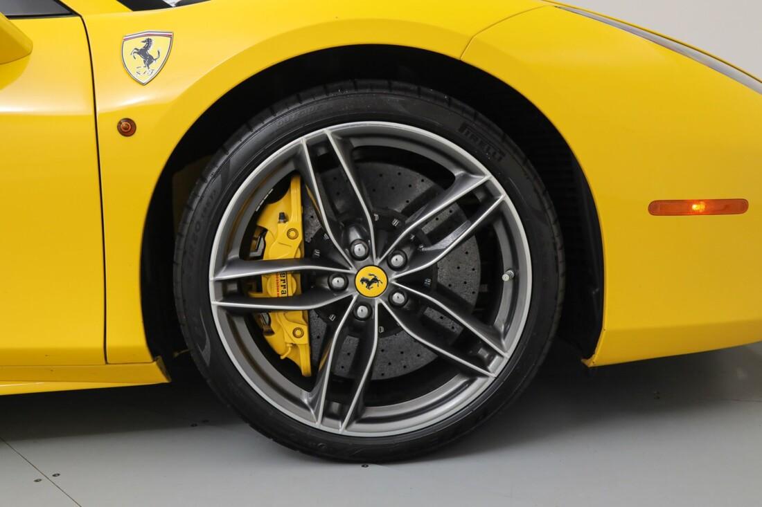 2017 Ferrari 488 Spider image _6167d5f0705484.49556876.jpg