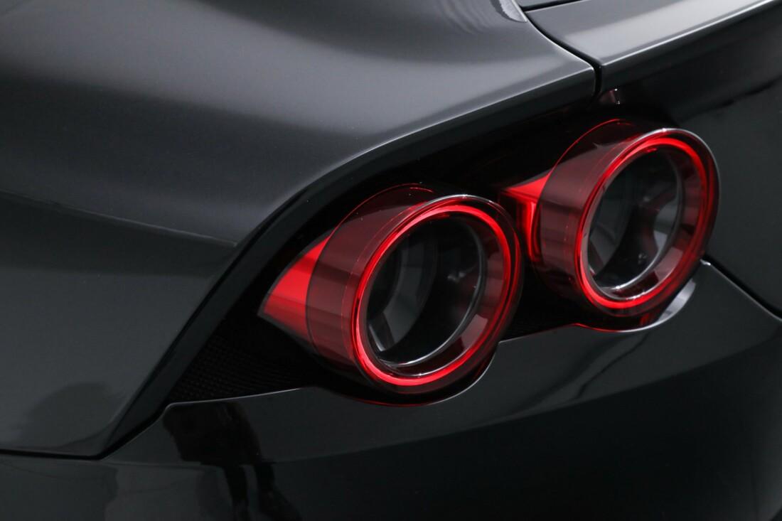 2018 Ferrari GTC4Lusso image _6167d5fa660be9.52553232.jpg