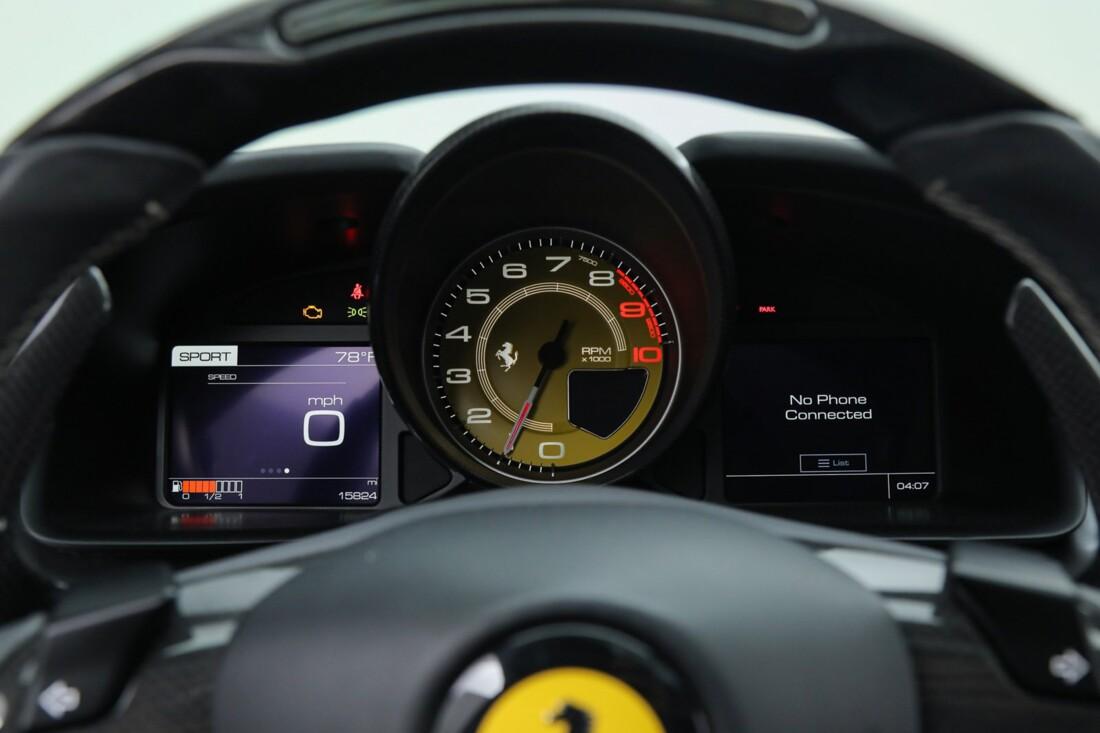 2018 Ferrari GTC4Lusso image _6167d60face882.86841192.jpg