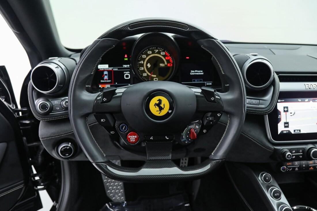 2018 Ferrari GTC4Lusso image _6167d61147d988.84447736.jpg