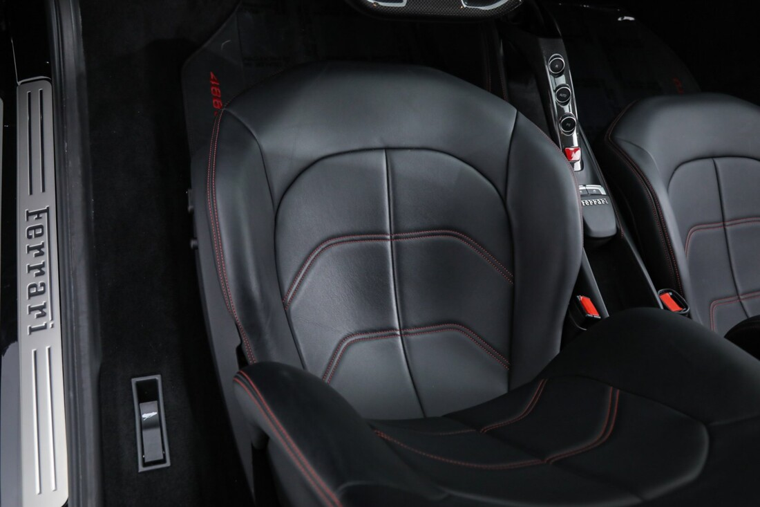 2019 Ferrari 488 GTB image _6167d629524f39.43110777.jpg