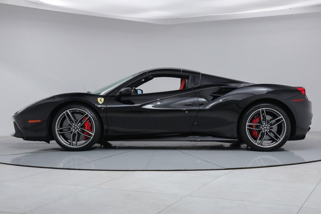 2018 Ferrari 488 Spider image _6167d63e75d658.84909269.jpg