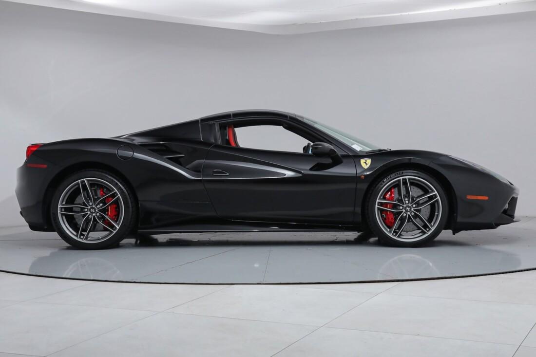 2018 Ferrari 488 Spider image _6167d6414ad308.51878444.jpg
