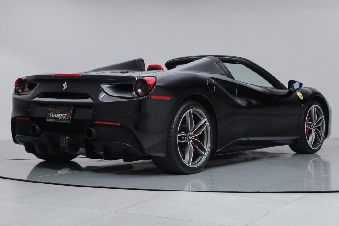 2018 Ferrari 488 Spider image _6167d646671073.30912563.jpg