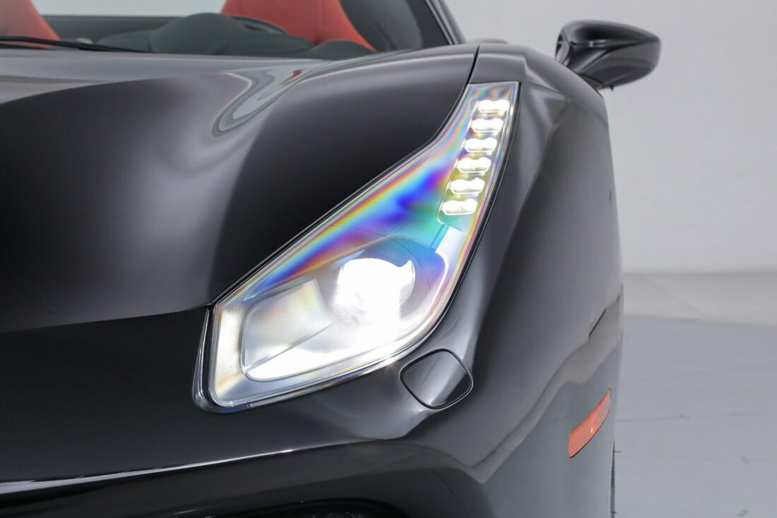 2018 Ferrari 488 Spider image _6167d6495295a6.18816906.jpg